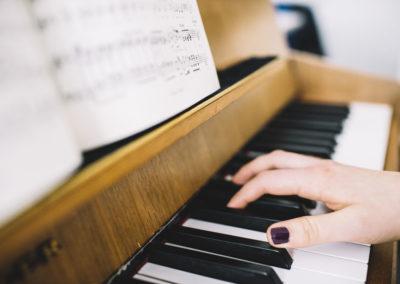 Schülerinnen und Schüler komponieren zur Lukaspassion