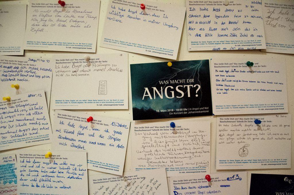 """Postkartenaktion in Vorbereitung auf das Konzert von Haydns """"Missa in Angustiis"""" in Tostedt"""