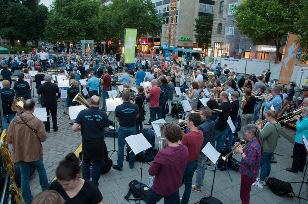 Aktion FLÄCHENGOLD bei der Fête de la Musique