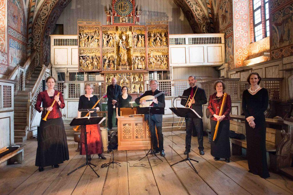 CAPELLA DE LA TORRE unter der Leitung von Katharina Bäuml begeistert und verzaubert beim Konzert im Nonnenchor des Klosters Wienhausen. Bild: Anna-Kristina Bauer
